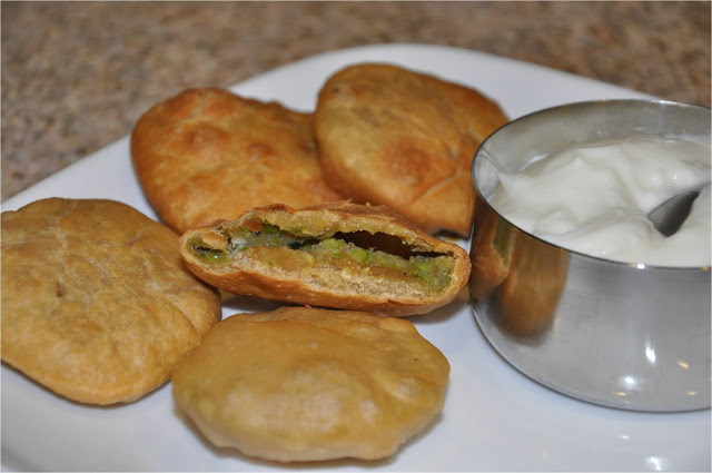 mutter ki kachori